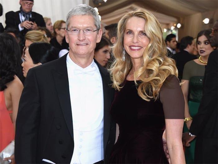 خانم پاول جابز، ششمین بانوی ثروتمند جهان محسوب می شود